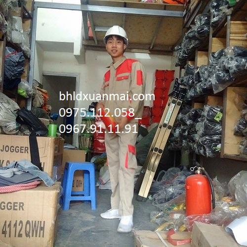 bhldxuanmai.com QUẦN ÁO BẢO HỘ PHỐI ĐỎ TÚI HỘP